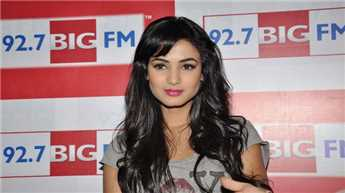 'Size Zero' addresses important issue sensitively: Sonal Chauhan