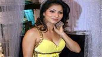 I'm single, ready to mingle: Tanishaa Mukerji