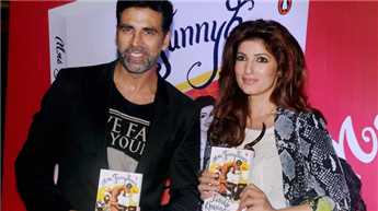 Akshay wants me to be like 'Mrs. Funnybones': Twinkle