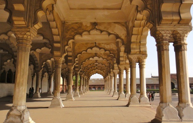 Agra-Fort1-628x400