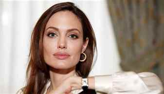 Angelina-Jolie-250516YU