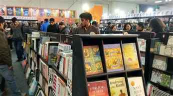 Online library stall a hit in Kolkata Book Fair