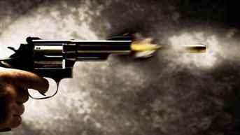 West Bengal: TMC Councillor Mithun Tikader shot at Budge