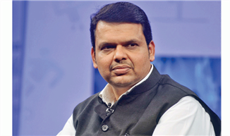SC issues notice to Maharashtra CM on plea against his election