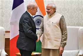 French Foreign Minister Jean-Yves Le Drian calls on PM Modi in New Delhi