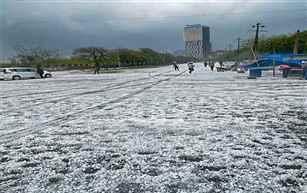 Several parts of North India witness heavy rain & snowfall