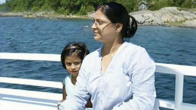 Nandini-Jha-with-her-daughter-Niyati