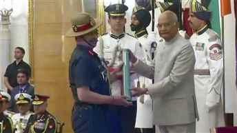 President Kovind presents Gallantry Awards and Distinguished Service Decorations