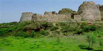 Tughlakabad-fort-87NRF854MR9
