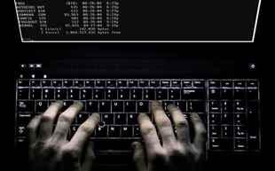 computer-hacker--7716UI