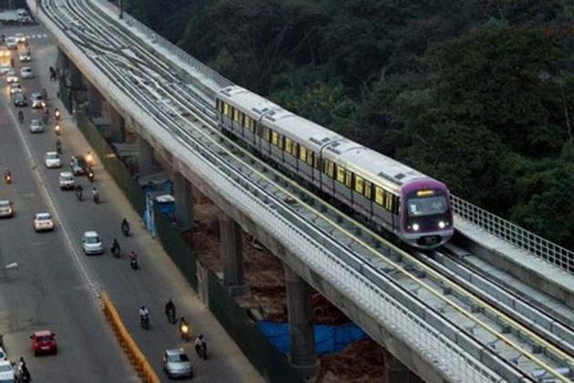 metro-train-kochi630