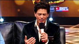 Shahrukh Promotes His Show India Poochega Sabse Shaana Kaun
