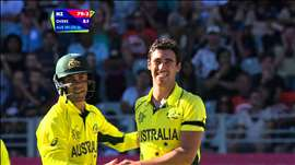 NZ vs AUS: Starc's early burst gives Australia hope. Watch ICC World Cup videos on starsports.com
