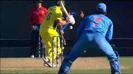 SF 2, AUS vs IND: India fightback with early wickets. Watch ICC World Cup on starsports.com