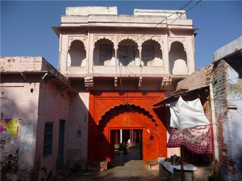 Prithvi Nath Temple in Agra in Agra