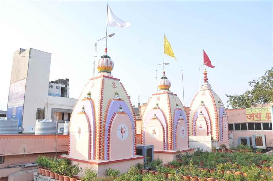Temples in Satidham
