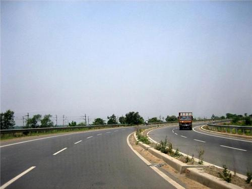 Kanpur to Delhi by Road
