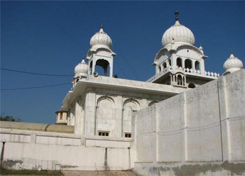 Bangla Sahib Gurudwara in Rohtak