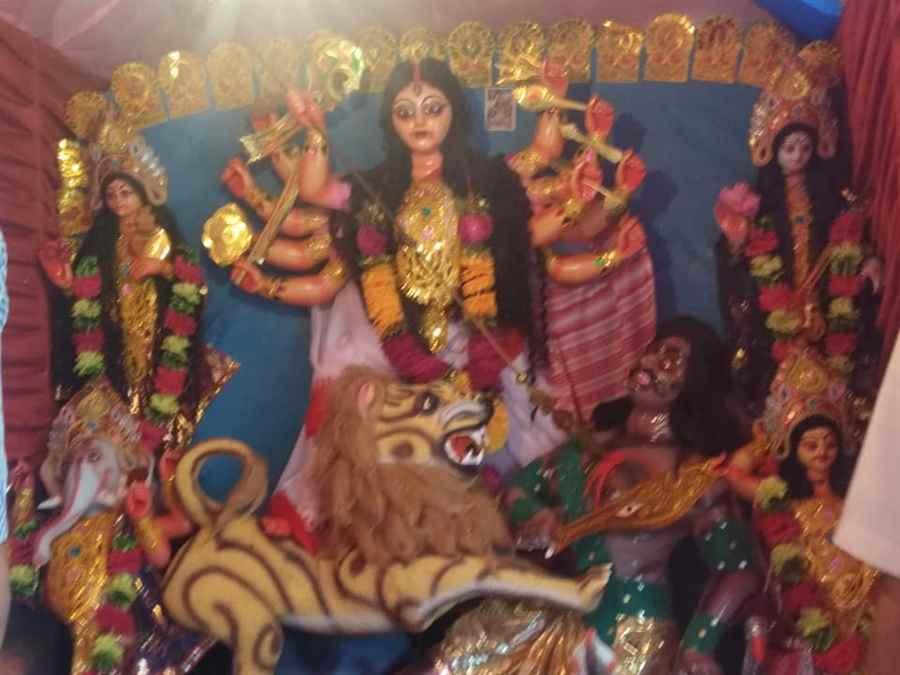 Kailash Dham Durga Puja, Makum Road