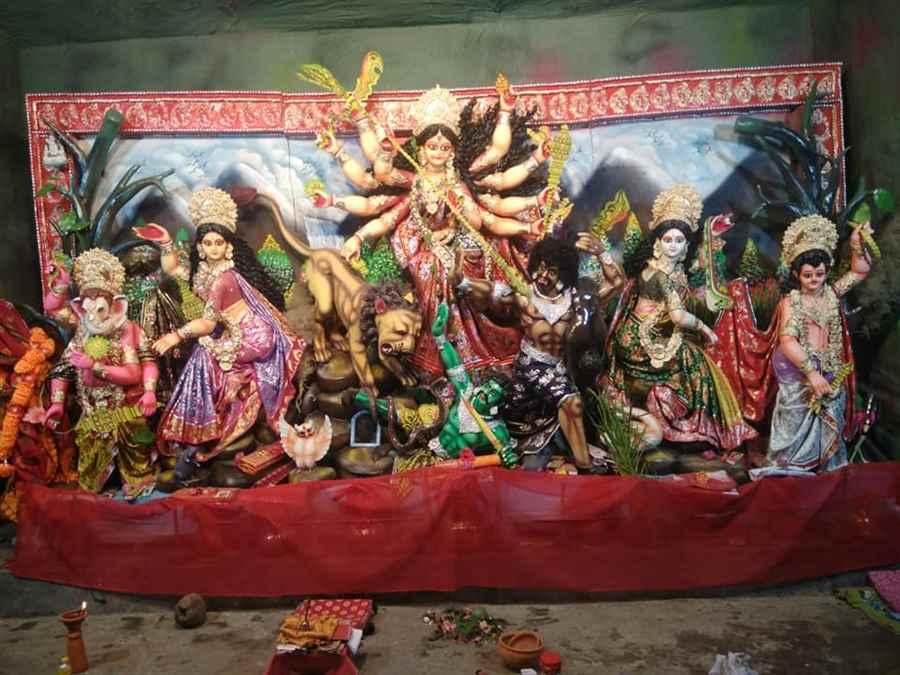 Sri Sri Dakineshwar Sarbajanik Kalibari Durga Puja- Best Pratima