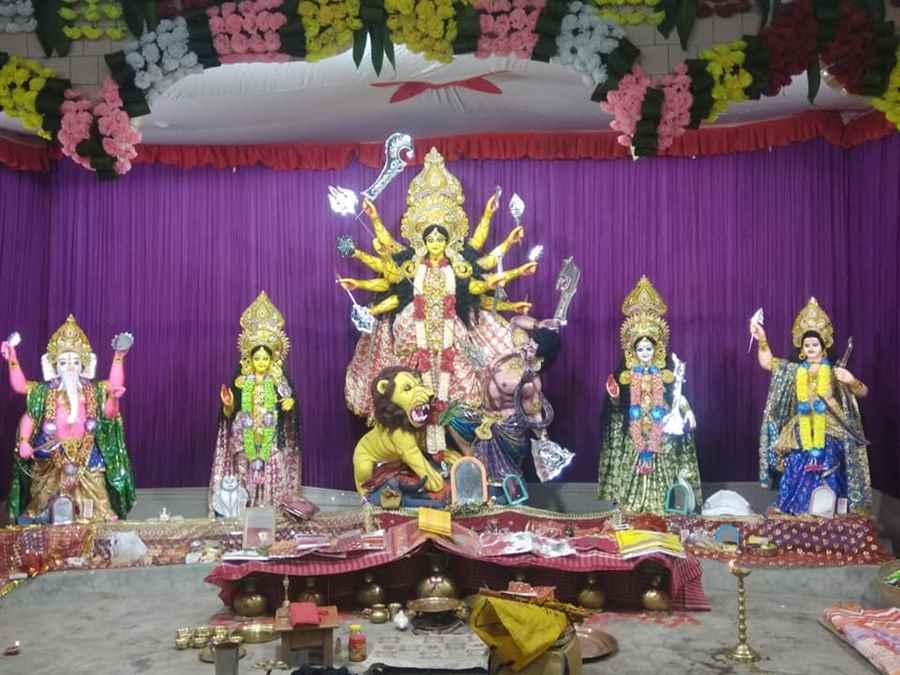 Chatteshwar Kali Bari Durga Puja- Tinkonia