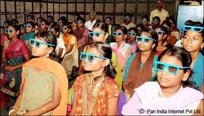 3-D scientific movie screening at Anna Science Centre Trichy