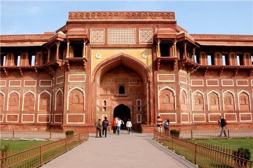Jahangir Palace Agra Timings