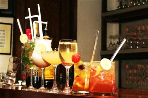 Bars in Ajitgarh