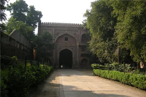 Mughal Monuments In Allahabad