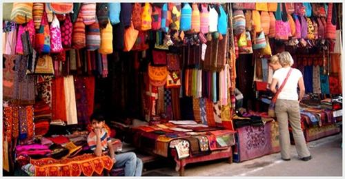 Famous place to shop in Allahabad