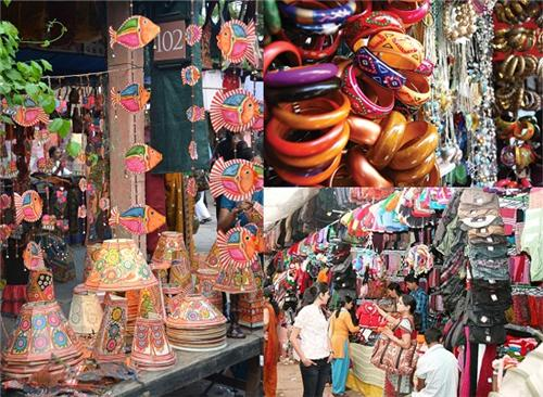 Street Shopping in Allahabad