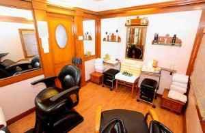 Beauty Parlours Amroha