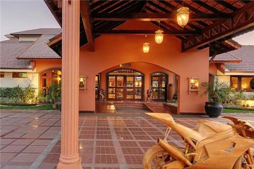 List of Hotels and Resorts in Anand