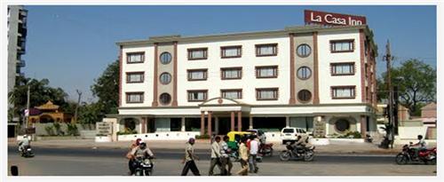 Location of Hotel La Casa Inn in Anand