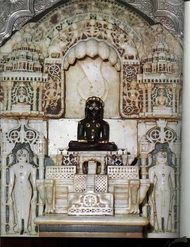 Stambhan Parshwanath Jinalaya in Anand