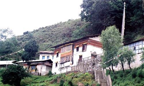 Lhagyala Gompa
