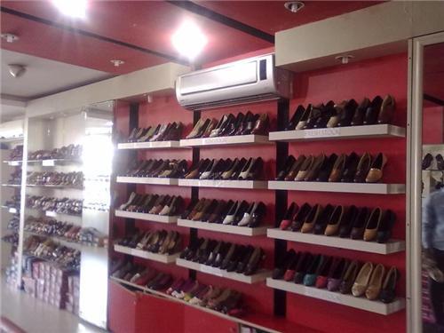 Footwear Shops in Bahadurgarh