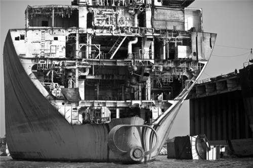 Ship Breaking Business in Bhavnagar