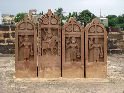 Architecture of Royal Chhattardis in Bhuj