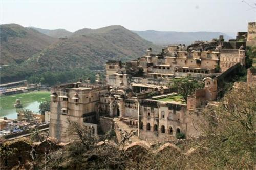 Places to see in Bundi