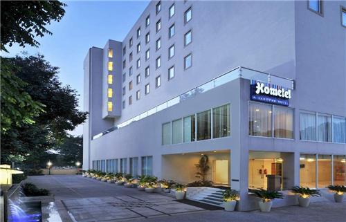Chandigarh 3 Star Hotel