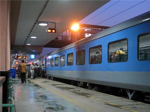 Trains at Chandigarh Railway Station