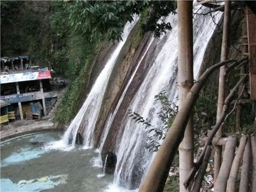 The-Kempty-falls-Mussorie
