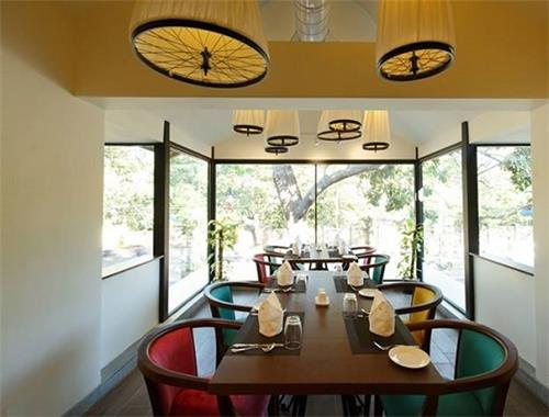 Seating Arrangement at Ciclo Cafe in Chennai