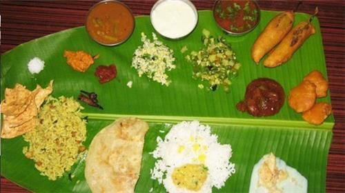 Thali Meals of Hotel Raaj Bhavan