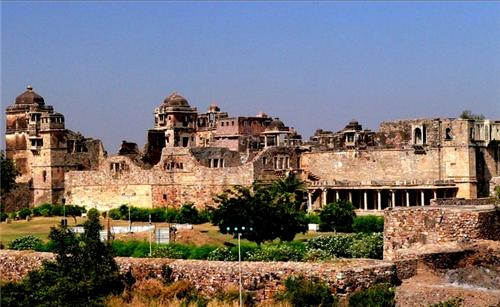 Tour and Travel in Chittorgarh