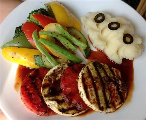 Breakfast at the Carrots Health Food Restaurant