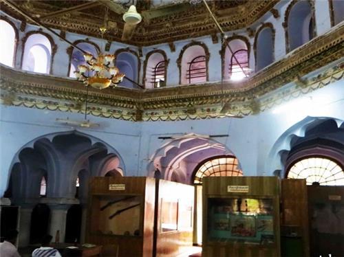 Inside Picture of Chokkanatha Nayak Palace