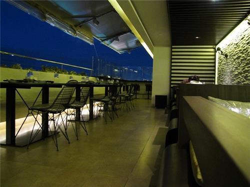 On the Edge Restaurant in Bangalore