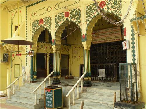 Famous Temples in Vrindavan